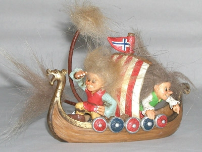 Roald und Nils im Vikingerschiff 9cm/14cm