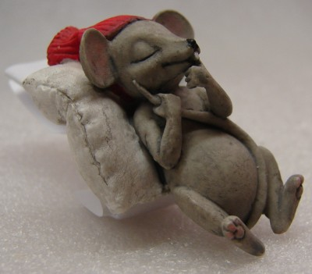 Schlafendes Weihnachtsmäuschen 3/5cm