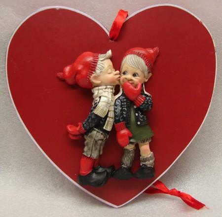 Verliebtes Paar auf Herz 15cm