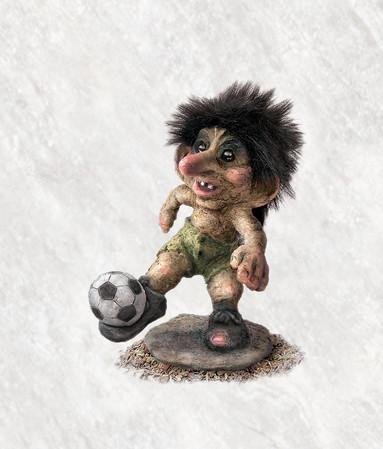 Troll mit Fussball 15cm